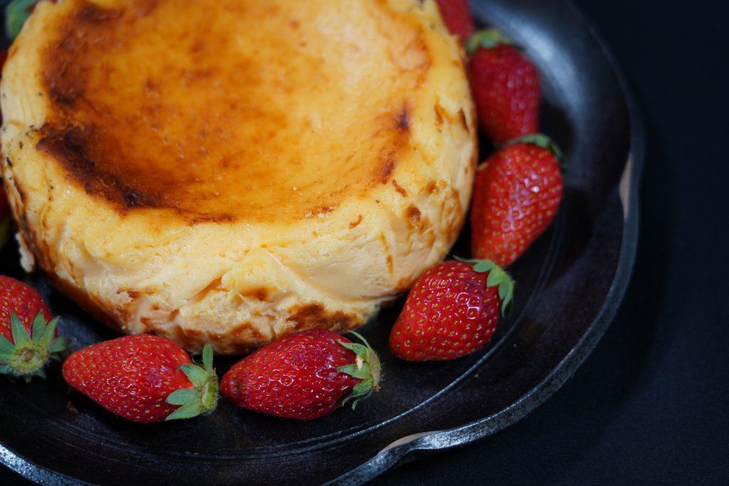 オリジナルバスクケーキ